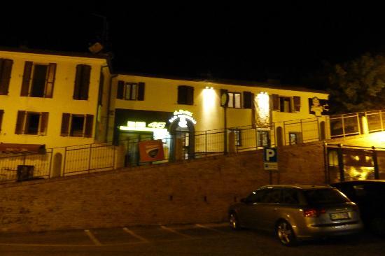 Ristorante Pizzeria Da Rossi: Picture of front of Ristorante da Rossi