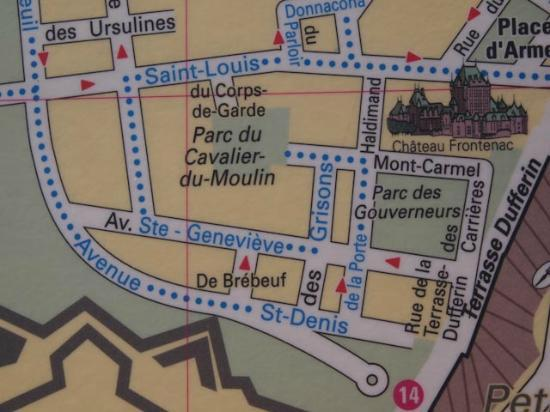 ‪أوتل كاب ديامانت: Partial map showing Ave Ste. Genevieve in Old Quebec City