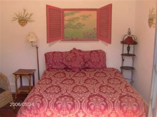 The Secret Garden Inn: Guest Room