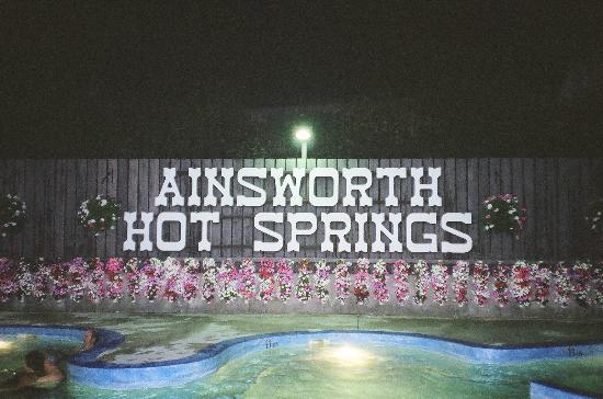 Ainsworth Hot Springs Resort: A summer evening