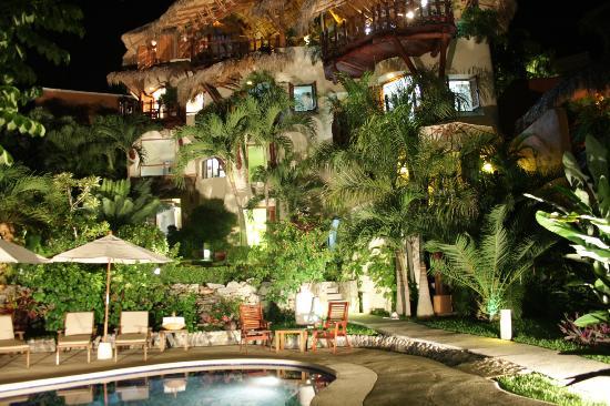 La Villa at night