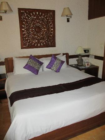 โรงแรมทรอปิคา บังกะโล: Bed