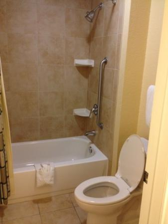 Residence Inn Killeen: Shower/Tub