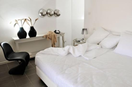 Boca Gentil Villas & Apartments : Villa Bedroom