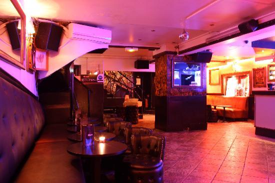 La Baraque Restaurant  Paris