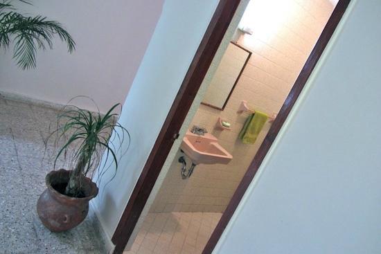Blue Bamboo Guesthouse : Bathroom