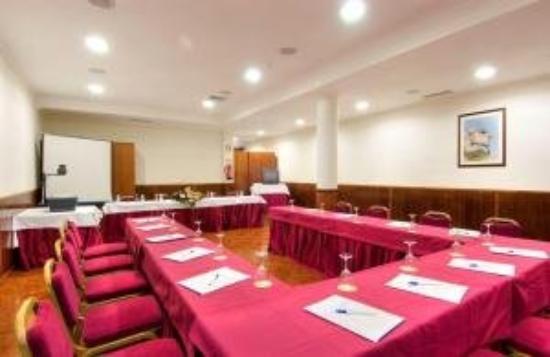 Eurosol Gouveia: Conference Room