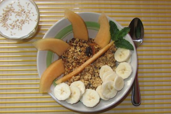 Blue Bamboo Guesthouse : Delicious and healthy - granola for breakfast