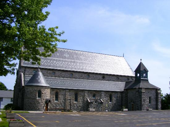‪St. John's Catholic Church‬