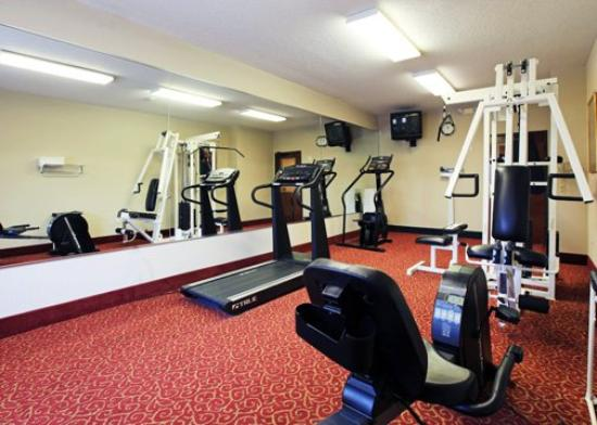 Quality Inn & Suites West Chase: TXCFitness Rm