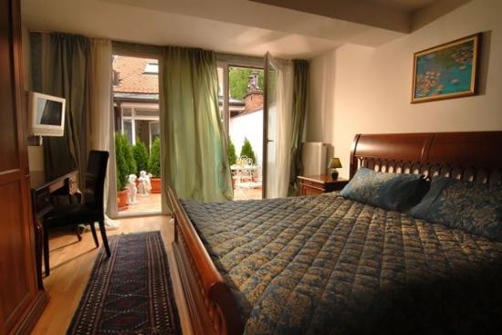 Hotel Galleria: Economy