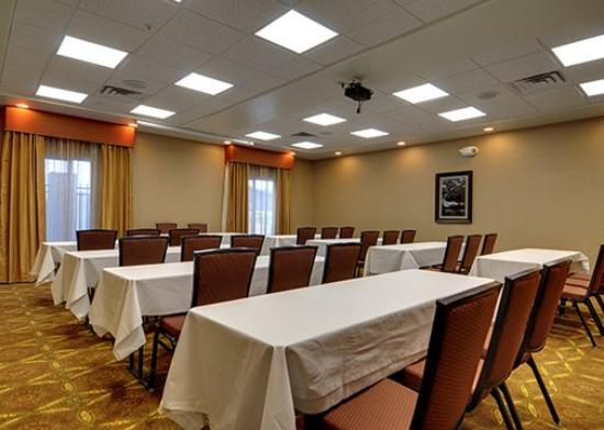 Comfort Suites Leesville : Meeting Room