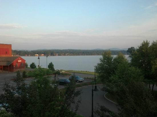 Lake Opechee Inn and Spa : Another balcomy view