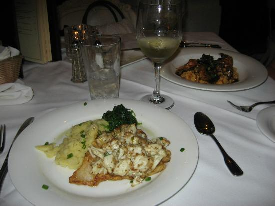 The Mansion Restaurant at Nottoway : Grouper topped with crab and shrimp and grits
