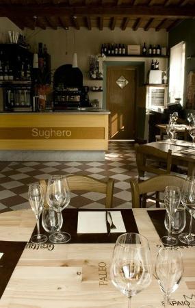 Sughero enoteca ristorante: sala interna