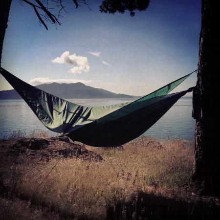 Doe Bay Resort and Retreat: Hammock Tent pitched at Lone PIne site