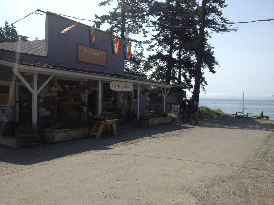 Doe Bay Resort and Retreat: The general store where you can purchase supplies. Restaurant next door.