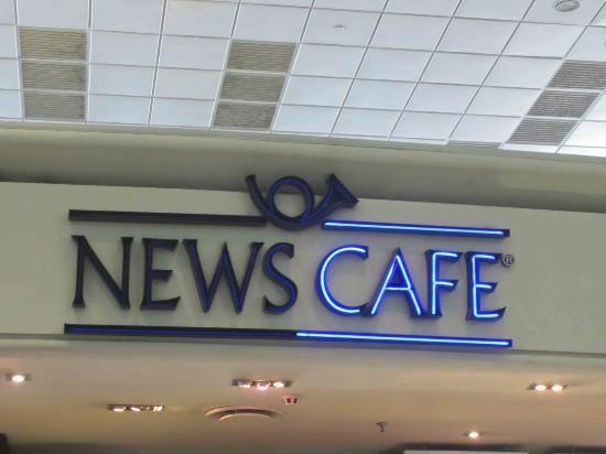 News Cafe OR Tambo International: An excellent airport cafe