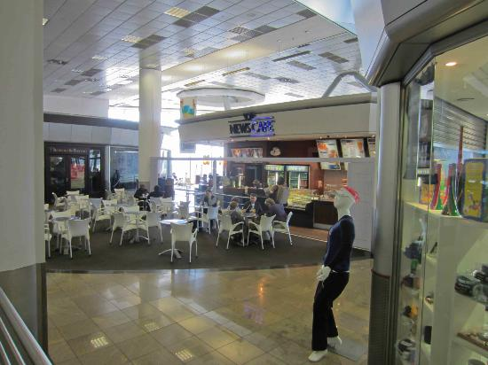 News Cafe OR Tambo International: OR Tambo's News Cafe