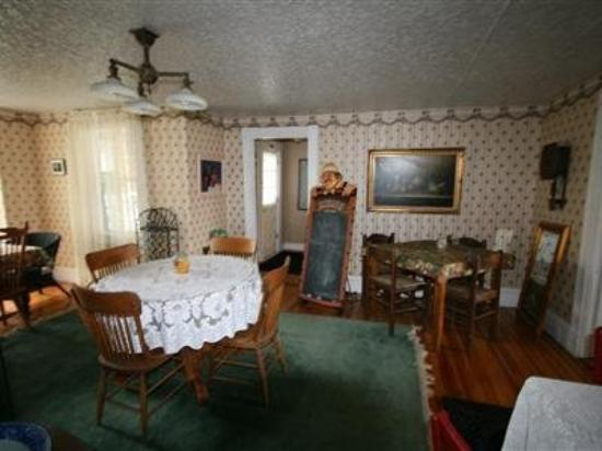 The Bradford House B&B: Interior