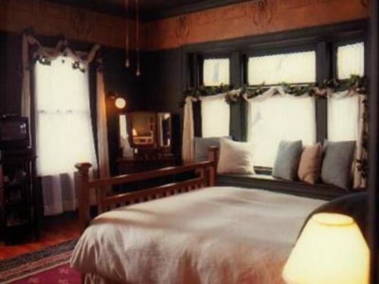 Stone Soup Inn: Guest Room (OpenTravel Alliance - Guest room)