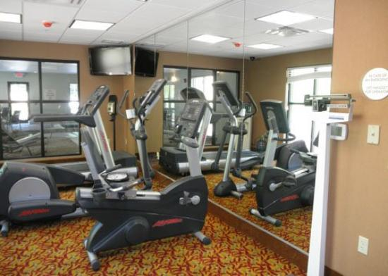 Comfort Inn & Suites Tunkhannock: Fitness Center
