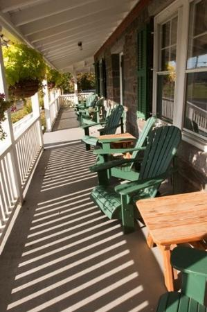Three Stallion Inn: Other Hotel Services/Amenities