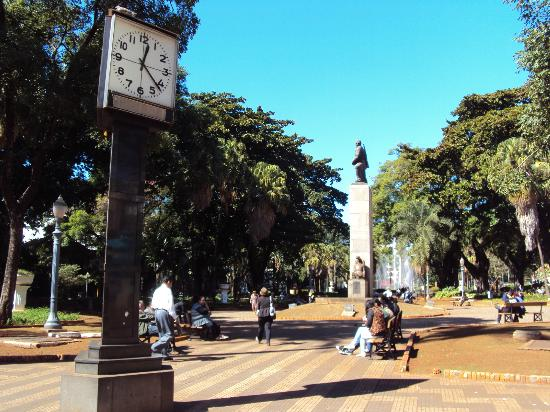 XV de Novembro Square : Relógio da Praça XI