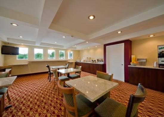 Econo Lodge Busch Gardens: Breakfast Area
