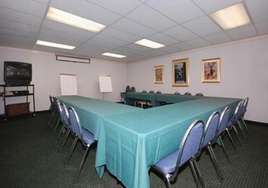 Quality Inn: Meeting Room (OpenTravel Alliance - Meeting room)