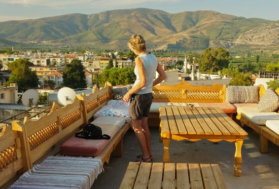 Homeros Pension & Guesthouse : The view from the roof; one of the eating areas