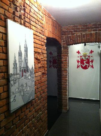 Komorowski Luxury Guest Rooms: Corridor