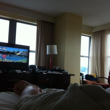 Lancaster Marriott at Penn Square: fantastic view and great tv!