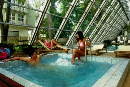 Park Hotel Pelikan: jacuzzi