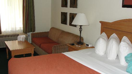 Cimarron Inn Klamath Falls: Sitting area