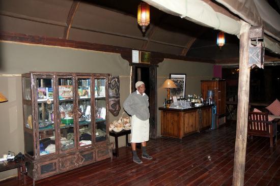 Shinde: Bar
