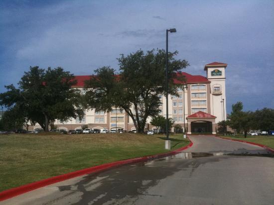La Quinta Inn & Suites Arlington North 6 Flags Dr: La Quinta Six Flags