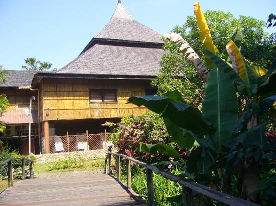 Sarawak Cultural Village: 立派な建物が