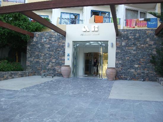 Beach Club Aphrodite: Entrance
