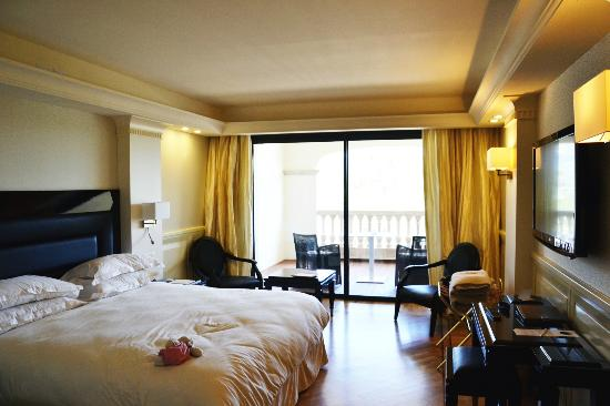 Hotel Don Cesar & Spa Nuxe : Chambre supèrieure triple