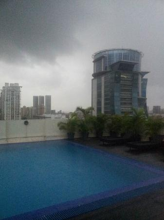 Grand Sarovar Premiere Mumbai: View from Roof Top on rainy eveing.... by the pool side...