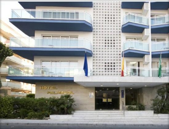 Hotel Palmasol: Entrada al Hotel