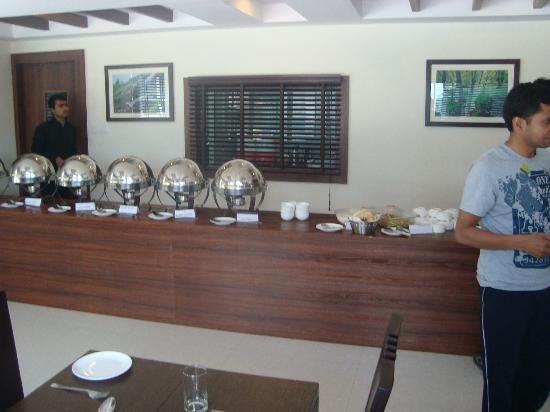 Hotel Sandhya Manali : Dinning Hall
