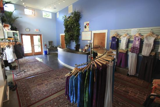 Asheville Yoga Center : the whole building is filled with natural light