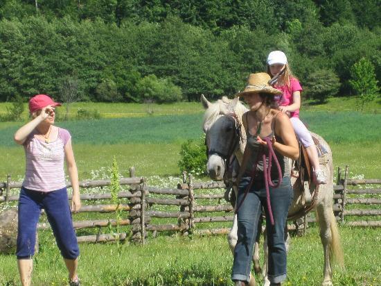 Linden Tree Retreat & Ranch : riding! joy!