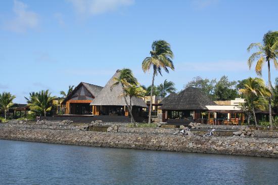 Four Seasons Resort Mauritius at Anahita: hotel property 