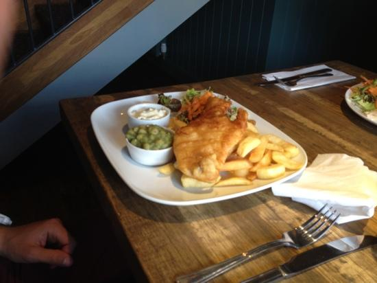 The Inn at Torbrex: fish & chips