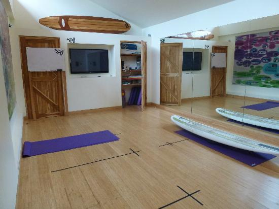 Surf Simply: Yoga and theory in this air conditioned high tech haven