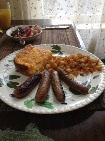 Black Walnut Bed and Breakfast: Breakfast