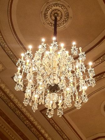 PlayhouseSquare : Palace Theater Chandelier